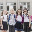 Зеленський відмінив шкільну форму